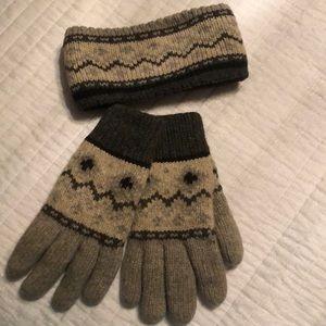 Headband with gloves